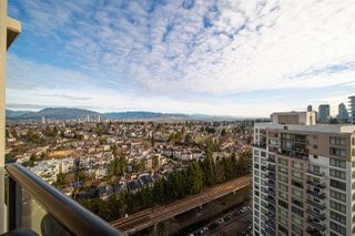 "Main Photo: 2510 5380 OBEN Street in Vancouver: Collingwood VE Condo for sale in ""THE URBA"" (Vancouver East)  : MLS®# R2529925"