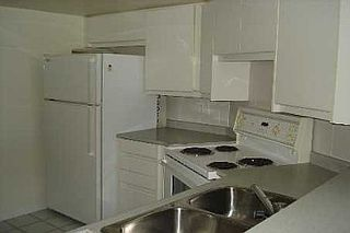 Photo 5: 20 GUILDWOOD PKWY in TORONTO: Condo for sale