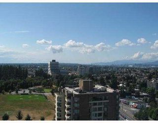 "Photo 8: 2206 5885 OLIVE Avenue in Burnaby: Metrotown Condo for sale in ""THE METROPOLITAN"" (Burnaby South)  : MLS®# V668699"