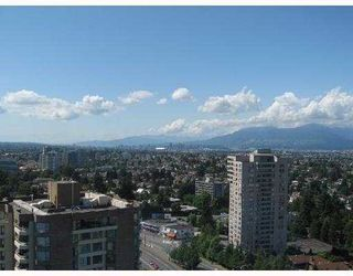 "Photo 4: 2206 5885 OLIVE Avenue in Burnaby: Metrotown Condo for sale in ""THE METROPOLITAN"" (Burnaby South)  : MLS®# V668699"