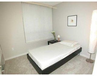 "Photo 3: 602 2979 GLEN Drive in Coquitlam: North Coquitlam Condo for sale in ""ALTAMONTE"" : MLS®# V681571"