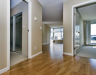 "Photo 2: 1803 7077 BERESFORD Street in Burnaby: VBSHG Condo for sale in ""CITY CLUB"" (Burnaby South)  : MLS®# V698646"