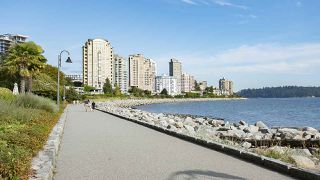 "Photo 16: 208 150 24TH Street in West Vancouver: Dundarave Condo for sale in ""The Seastrand"" : MLS®# R2402258"
