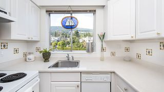 "Photo 9: 208 150 24TH Street in West Vancouver: Dundarave Condo for sale in ""The Seastrand"" : MLS®# R2402258"