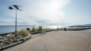 "Photo 17: 208 150 24TH Street in West Vancouver: Dundarave Condo for sale in ""The Seastrand"" : MLS®# R2402258"