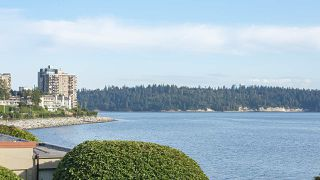 "Photo 2: 208 150 24TH Street in West Vancouver: Dundarave Condo for sale in ""The Seastrand"" : MLS®# R2402258"