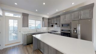 """Photo 2: 48 19239 70 Avenue in Surrey: Clayton Townhouse for sale in """"Clayton Station"""" (Cloverdale)  : MLS®# R2409230"""