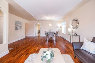 Photo 2: 8995 157 Street in Surrey: Fleetwood Tynehead House for sale : MLS®# R2419218