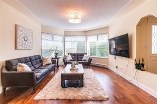 Main Photo: 8995 157 Street in Surrey: Fleetwood Tynehead House for sale : MLS®# R2419218