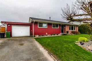 Photo 1: 46254 MCCAFFREY Boulevard in Chilliwack: Chilliwack E Young-Yale House for sale : MLS®# R2444609