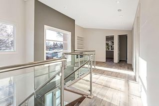 Photo 13: 3704 5 Avenue SW in Calgary: Spruce Cliff Detached for sale : MLS®# C4296636