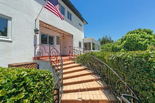 Photo 4: POINT LOMA House for sale : 5 bedrooms : 2355 Willow St in San Diego