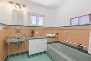 Photo 17: POINT LOMA House for sale : 5 bedrooms : 2355 Willow St in San Diego