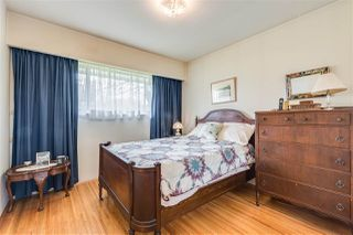 "Photo 15: 4657 FAIRLAWN Drive in Burnaby: Brentwood Park House for sale in ""BRENTWOOD"" (Burnaby North)  : MLS®# R2465254"