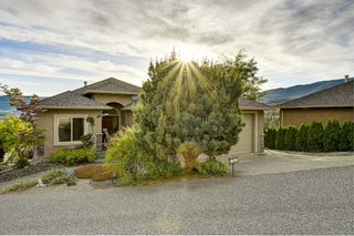 Photo 1: 1585 Merlot Drive, in West Kelowna: House for sale : MLS®# 10209520