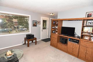 Photo 11: 419 HUNTBOURNE Hill NE in Calgary: Huntington Hills Detached for sale : MLS®# A1033993