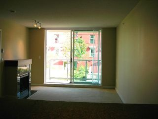 Photo 7: 207 125 Milross Avenue in Vancouver: Mount Pleasant VE Condo for sale (Vancouver East)