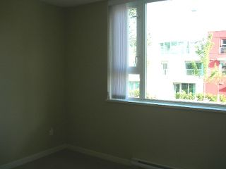 Photo 9: 207 125 Milross Avenue in Vancouver: Mount Pleasant VE Condo for sale (Vancouver East)