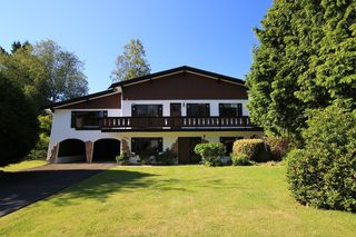 Photo 2: 4906 Cedar Crescent in Delta: English Bluff House for sale (Tsawwassen)  : MLS®# V831557
