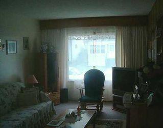 Photo 5: 231 UNION Avenue West in Winnipeg: East Kildonan Single Family Detached for sale (North East Winnipeg)  : MLS®# 2510979