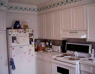 Photo 2: 231 UNION Avenue West in Winnipeg: East Kildonan Single Family Detached for sale (North East Winnipeg)  : MLS®# 2510979