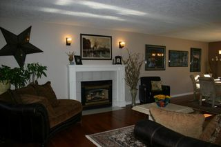 Photo 7: 885 Maltwood Terr in Victoria: Residential for sale : MLS®# 286938