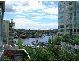 "Photo 6: 603 1500 HOWE Street in Vancouver: False Creek North Condo for sale in ""DISCOVERY"" (Vancouver West)  : MLS®# V653046"