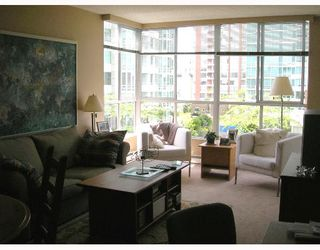 "Photo 2: 603 1500 HOWE Street in Vancouver: False Creek North Condo for sale in ""DISCOVERY"" (Vancouver West)  : MLS®# V653046"