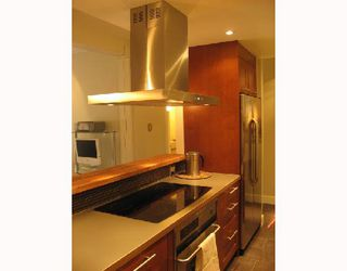 Photo 3: 304 1535 NELSON Street in Vancouver: West End VW Condo for sale (Vancouver West)  : MLS®# V662315