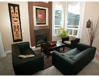 Photo 2: 2989 FORESTRIDGE Place in Coquitlam: Westwood Plateau House for sale : MLS®# V694874