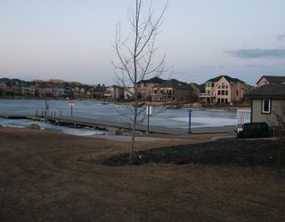 Photo 9: 26 Crystal Shores Road: Okotoks Residential Detached Single Family for sale : MLS®# C3315878