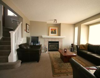 Photo 2: 26 Crystal Shores Road: Okotoks Residential Detached Single Family for sale : MLS®# C3315878