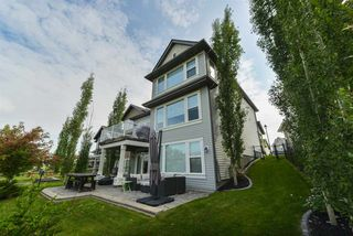 Main Photo: 6220 SOUTHESK Landing in Edmonton: Zone 14 House for sale : MLS®# E4165936