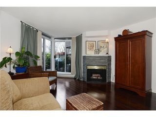 Photo 2: # 205 908 W 7TH AV in Vancouver: Fairview VW Condo for sale (Vancouver West)  : MLS®# V1016184
