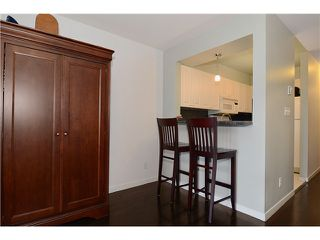 Photo 6: # 205 908 W 7TH AV in Vancouver: Fairview VW Condo for sale (Vancouver West)  : MLS®# V1016184