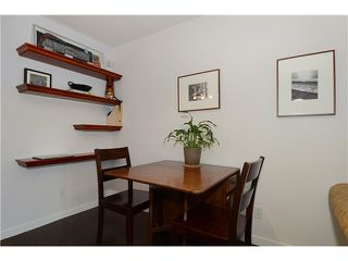 Photo 5: # 205 908 W 7TH AV in Vancouver: Fairview VW Condo for sale (Vancouver West)  : MLS®# V1016184