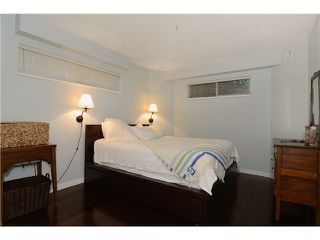 Photo 8: # 205 908 W 7TH AV in Vancouver: Fairview VW Condo for sale (Vancouver West)  : MLS®# V1016184