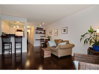 Photo 3: # 205 908 W 7TH AV in Vancouver: Fairview VW Condo for sale (Vancouver West)  : MLS®# V1016184