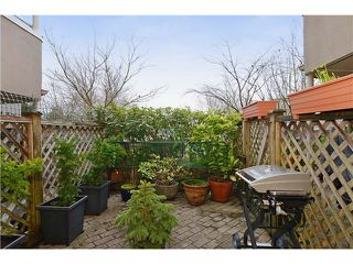 Photo 10: # 205 908 W 7TH AV in Vancouver: Fairview VW Condo for sale (Vancouver West)  : MLS®# V1016184