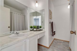 Photo 19: 1220 MAPLEGLADE Place SE in Calgary: Maple Ridge Detached for sale : MLS®# C4277925