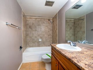 Photo 12: 301 510 58 AV SW in Calgary: Windsor Park Apartment for sale : MLS®# C4278993