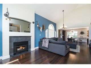 """Photo 4: 4644 220 Street in Langley: Murrayville House for sale in """"Upper Murrayville"""" : MLS®# R2447526"""