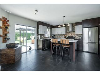 """Photo 6: 4644 220 Street in Langley: Murrayville House for sale in """"Upper Murrayville"""" : MLS®# R2447526"""