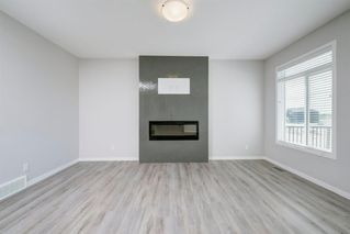 Photo 10: 89 Creekside Way SW in Calgary: C-168 Detached for sale : MLS®# A1013282
