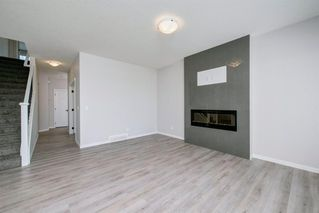 Photo 9: 89 Creekside Way SW in Calgary: C-168 Detached for sale : MLS®# A1013282