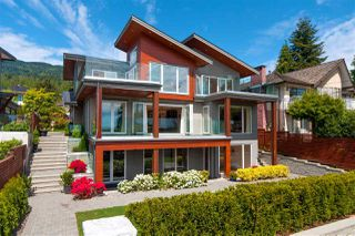 Main Photo: 2449 KINGS Avenue in West Vancouver: Dundarave House for sale : MLS®# R2490417