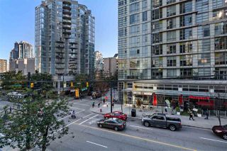 """Photo 17: 214 1189 HOWE Street in Vancouver: Downtown VW Condo for sale in """"GENESIS"""" (Vancouver West)  : MLS®# R2495232"""