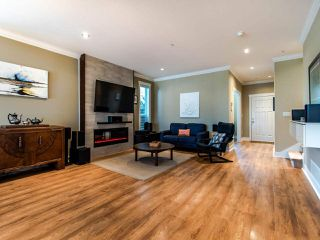 Photo 2: 21003 80 Avenue in Langley: Willoughby Heights Condo for sale : MLS®# R2496824
