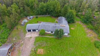 Photo 3: 11175 SPRUCE VALLEY Road: Rural Parkland County House for sale : MLS®# E4211207
