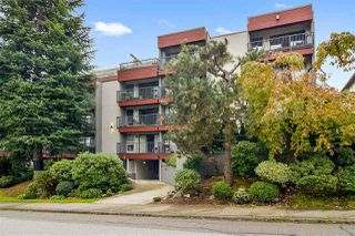 "Photo 1: 210 2120 W 2ND Avenue in Vancouver: Kitsilano Condo for sale in ""ARBUTUS PLACE"" (Vancouver West)  : MLS®# R2509342"